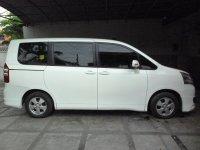 Nav1: Toyota NAV 1 G Lux 2.0 AT 2TV Captain Seat Power Sliding Doors sepert (tn3.jpg)