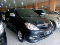 Toyota: Kijang Innova G Manual Tahun 2011 (kanan.jpg)