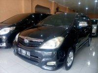 Toyota: Kijang Innova G Manual Tahun 2011 (kiri.jpg)