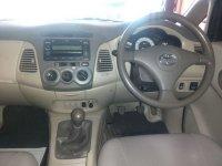 Toyota: Kijang Innova G Manual Tahun 2011 (in depan.jpg)