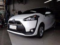 Toyota Sienta G 1.5 (2017)AT PUTIH KONDISI SEPERTI BARU (sienta12 (Copy).jpg)