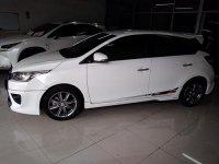 Toyota Yaris TRD Sportivo (2015)AT warna putih kondisi bagus (yaris3 (Copy).jpg)
