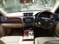 Toyota camry 2012 v 2.5cc hitam bagus (FB_IMG_1509807542774.jpg)