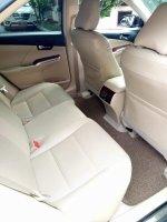 Toyota camry 2012 v 2.5cc hitam bagus (FB_IMG_1509807554072.jpg)
