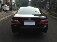 Dijual Toyota Crown Royal Saloon 3.0G AT 2010 (05 CROWN 2010 TAMPAK BELAKANG.jpg)