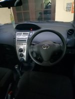 Jual Toyota yaris tahun 2009 tipe J