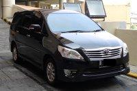 Jual Toyota Kijang Innova V LUXURY 2012 Hitam 1 Tangan Pribadi