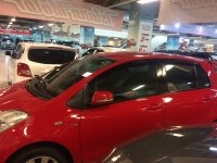 Jual Toyota Yaris E 2013 AT merah