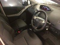 Toyota Yaris E 2013 AT merah (IMG_7134.JPG)