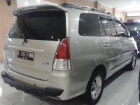Toyota: Kijang Innova G Manual Tahun 2009 (belakang.jpg)