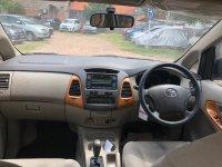 Toyota: Kijang Innova V AT Diesel 2010 (793D5D33-6466-464F-9280-35826E01BE7C.jpeg)