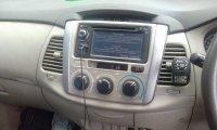 Toyota: Kijang innova type g 2012 (image.jpeg)