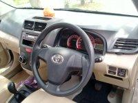 Toyota: Avanza manual 2013, pemakai, mulus, ga ada PR (IMG-20171011-WA0044.jpg)