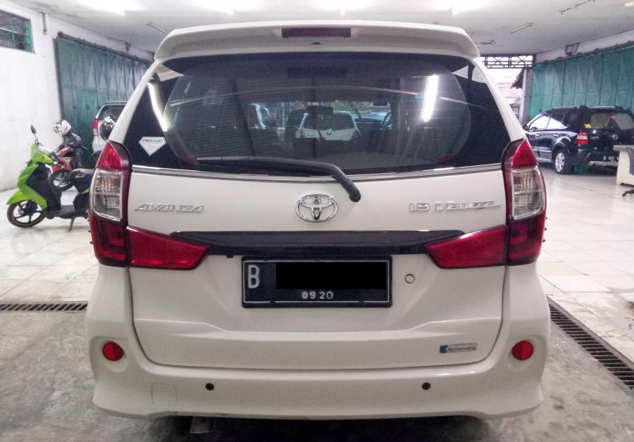 Grand Avanza Veloz 1.5 AT 2015 Putih (dp paket ...