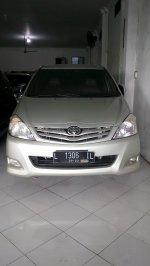 Toyota: T. Kjg Innova J thn 2010