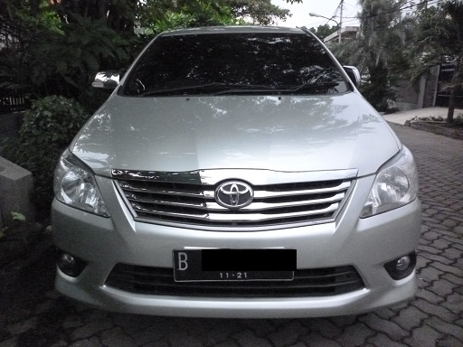 New grand innova V Luxury bensin AT captain seat sangat ...