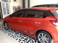 Toyota: Jual mobil Yaris  2015 pekanbaru