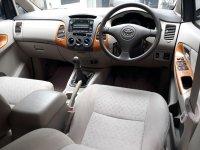 Toyota Innova G 2.0cc Th'2010 Manual (6.jpg)