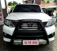 Jual Toyota Fortuner bensin V 4x4 Automatic
