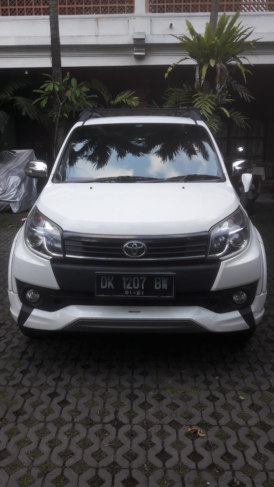 Toyota Rush TRD Sportivo 2015 SUV A/M Putih - MobilBekas.com