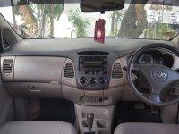 Toyota Innova G 2.5 Tahun 2009. Diesel, AT (Innova Dashboard.jpg)
