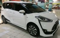 Dijual Toyota sienta G M/T th 2017,new