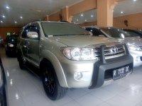 Toyota: Fortuner 2.5 G Diesel Tahun 2011 (kanan.jpg)