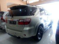 Toyota: Fortuner 2.5 G Diesel Tahun 2011 (belakang.jpg)