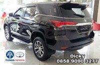 Toyota New Fortuner 4 x 2  2.4 VRZ (PicsArt_01-16-06.13.29.jpg)