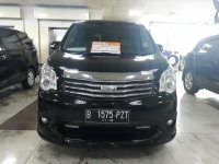 Jual Toyota nav1 2013 hitam v luxury