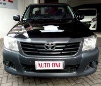 Jual Toyota Hilux pik up bensin 2.0