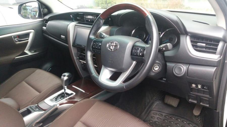 TOYOTA FORTUNER EX TEST DRIVE - MobilBekas.com