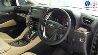 Toyota New Alphard 2.5 G A/T 2018 (PicsArt_03-15-07.43.11.jpg)