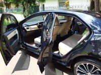 Toyota: Corolla Altis 2014 Hitam Mulus (6b9ebfd0-3d21-4334-879e-8f283cba55cd.JPG)