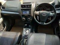 Toyota New Avanza VELOZ 1.5 Matic Airbag Tahun 2015 Warna Merah Metalk (red3.jpeg)