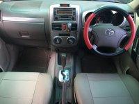 Toyota Rush Type S 1.500cc Automatic Tahun 2008 warna hitam metalik (r6.jpeg)