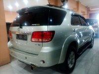 Toyota: Fortuner 2.7 G Luxury Tahun 2005 (belakang.jpg)