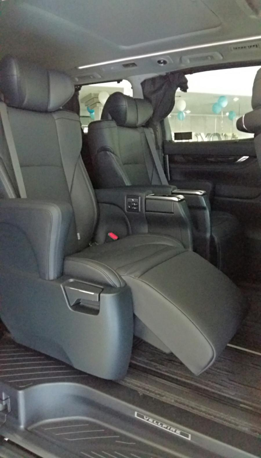 Toyota New Vellfire 2018 - MobilBekas.com