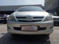 Toyota: jual innova 2004 v matic