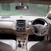 Toyota: Innova G 2.0 AT 2007 matic earo (20180313_110348.jpg)