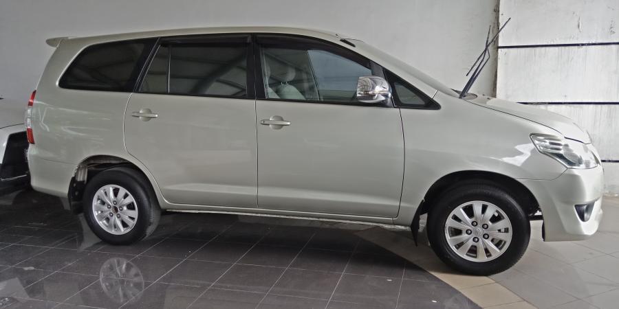 harga mobil Toyota Kijang Innova 2013 tipe 2.0 G AT ...