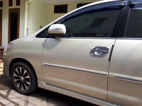 Toyota: jual mobil Kijang Innova