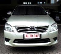Toyota Kijang Innova E bensin manual
