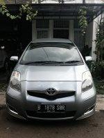 Toyota Yaris E M/T, tahun 2011, warna silver (yaris0res.jpg)