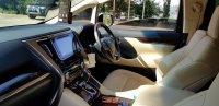 Jual Mobil Toyota Alphard 2.5G Tahun 2017 Body Masih Mulus (05.jpeg)