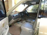 Kijang: Dijual Toyota LGX EFI 1.8 (006 tampak dalam mobil.jpg)