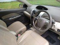 Toyota: Dijual VIOS hitam A/T 2010 (interior depan kanan.jpg)