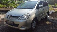 Toyota: Jual Kijang Innova Silver E Bensin Manual Tahun 2011