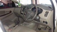 Toyota: Kijang Grand New Innova E up V Tahun 2013 (in depan.jpg)