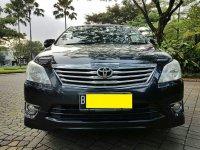 Jual Toyota Kijang Innova 2.0 V AT Luxury Bensin 2012